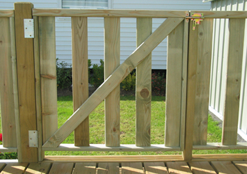 ADM, Créateur de terrasses et portillon en bois hérault